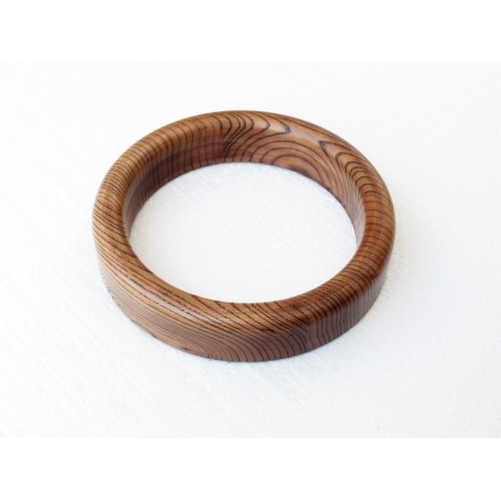 Wooden Ring Stand for Handpans photo 5